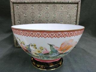 中国景徳鎮製 粉彩瓷 花文薄胎碗