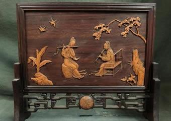 唐木紫檀 黄楊杢細密彫刻象嵌 奏者図 硯屏